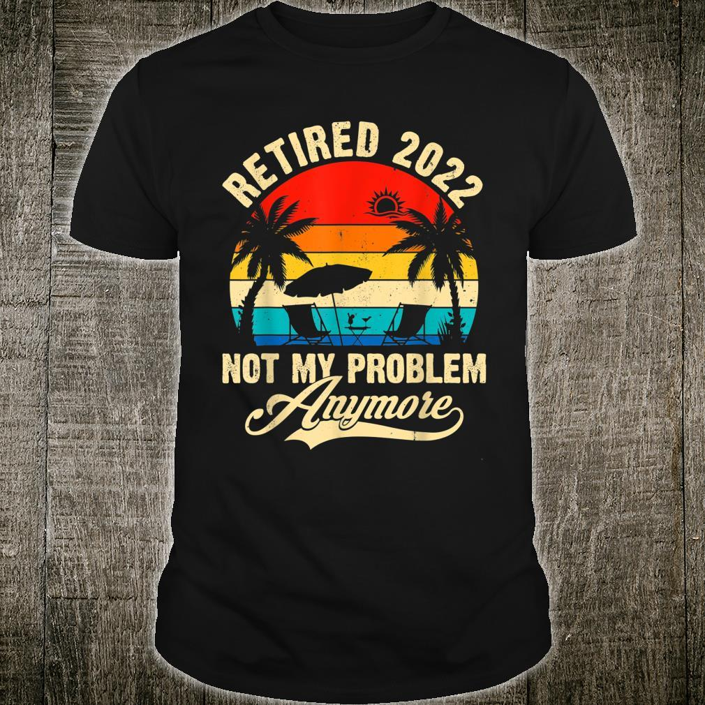 Retro Retired 2022 Vintage Fathers Day For Mom Dad Shirt