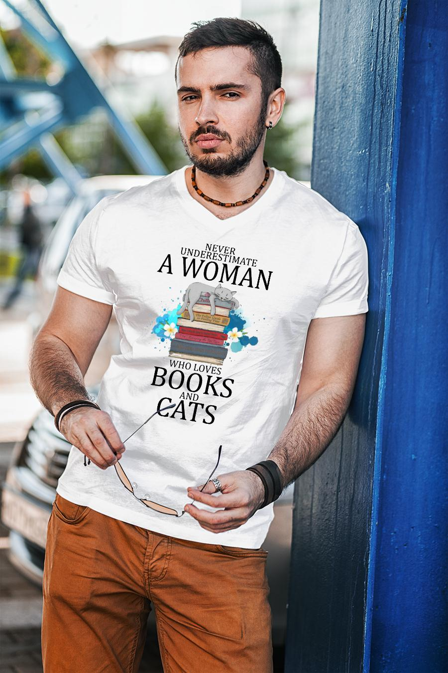 Never Underestimate A Woman Who Loves Books And Cats Shirt unisex